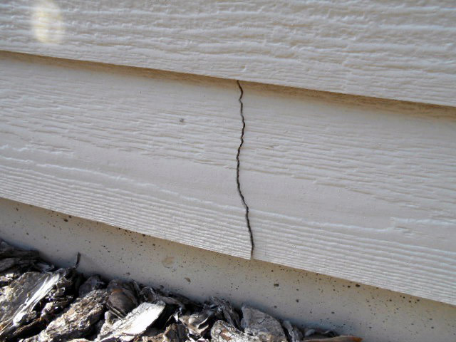 Weather-induced Cracking, Peeling or Fading
